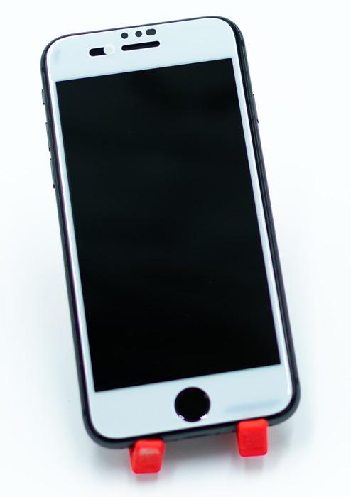 Smartphone mit neuer PanzerGlass Privacy Cam Slider
