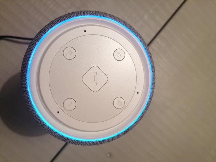 Steuerungsknöpfe Gigaset Smart Speaker
