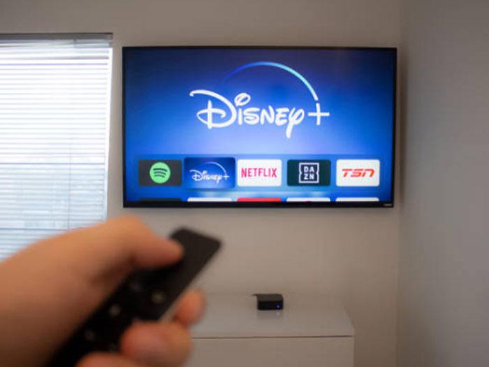 Disney Plus auf einem Fernseher