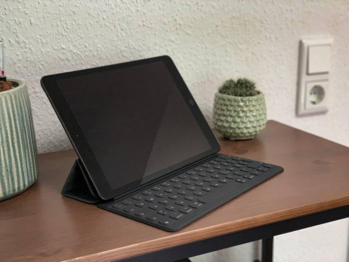 iPad 7. Generation mit optionaler Tastatur