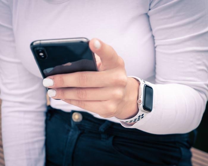 Apple Watch 5 mit iPhone