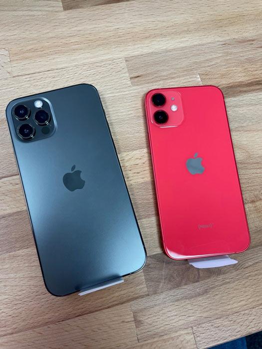 Größenvergleich iPhone 12 - iPhone 12 mini